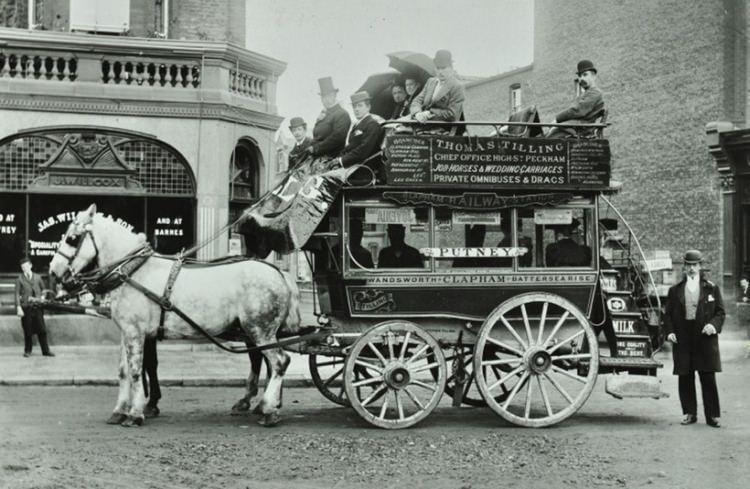 dwupiętrowy omnibus konny