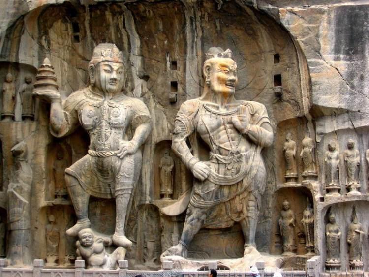 Groty Dziesięciu Tysięcy Buddów w Chinach