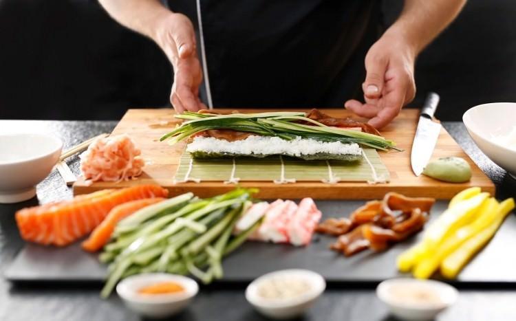 kurs przygotowywania suschi