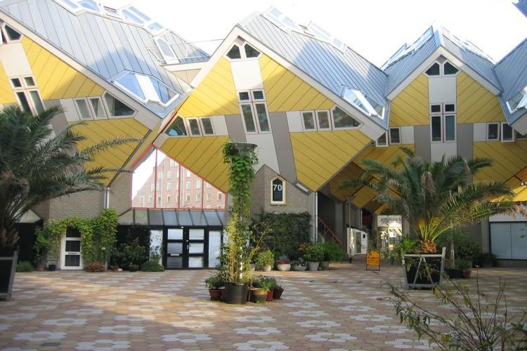 Nietypowe budynki w Rotterdamie - domy kubiczne