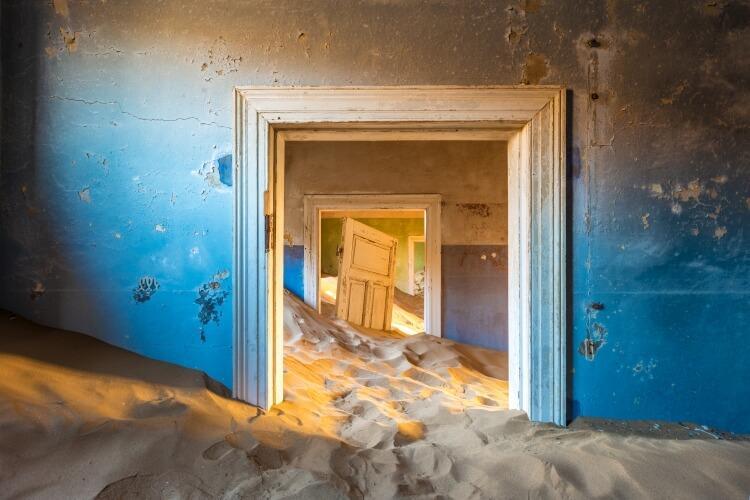 Kolmanskop to jedna z większych atrakcji fotograficznych w Namibii