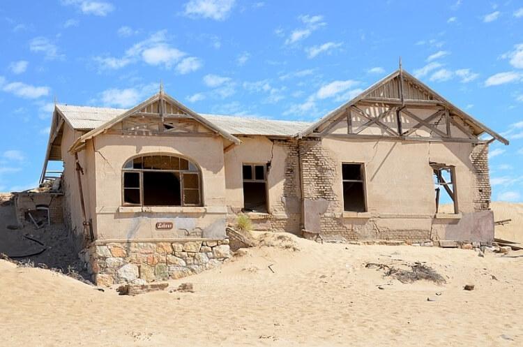 Kolmanskop - miasto duchów w Namibii
