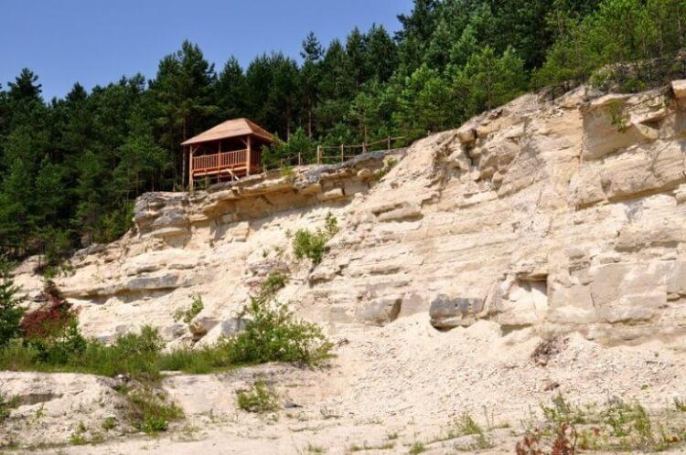 kamieniołom w Nowinach na Roztoczu