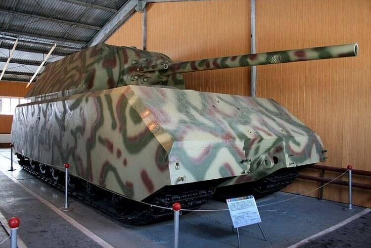 Maus – czołg superciężki konstrukcji niemieckiej z okresu II wojny światowej