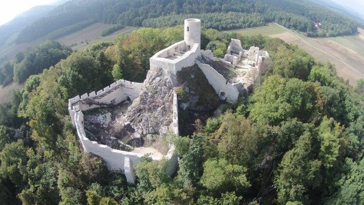 Ruiny zamku Pilcza w Smoleniu