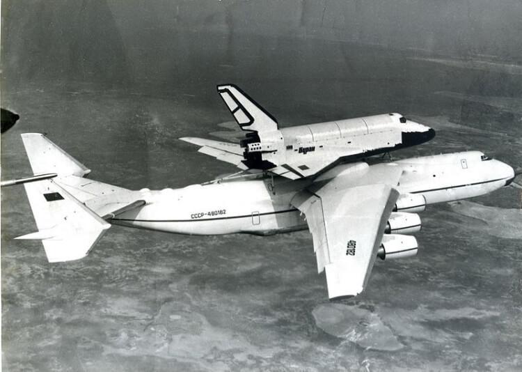 Antonow - największy samolot na świecie