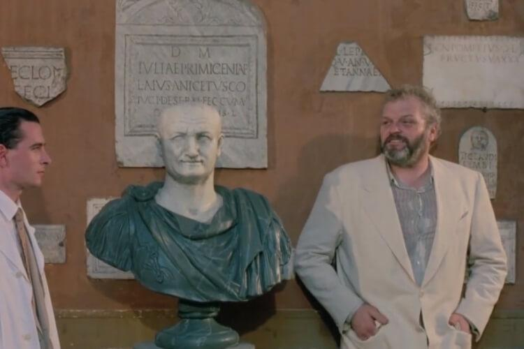 "Brian Dennehy w filmie ""Brzuch architekta"""
