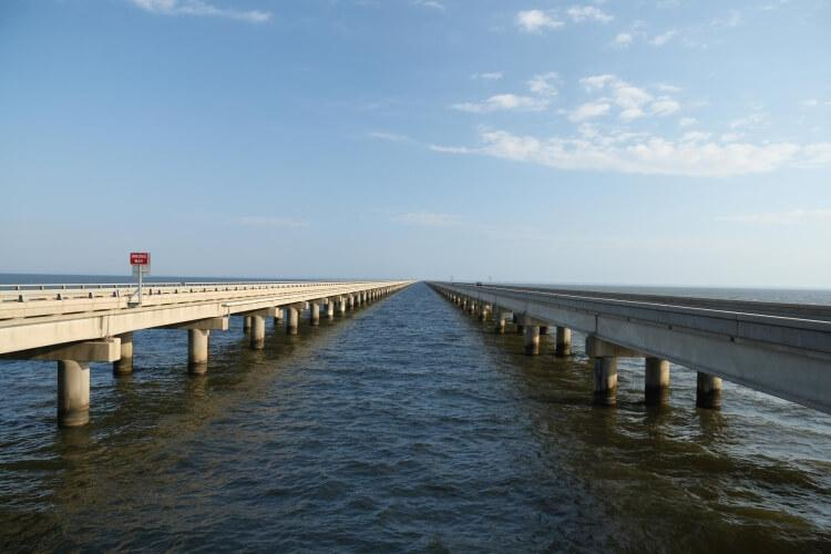 Lake Pontchartrain Causeway to najdłuższy most na świecie