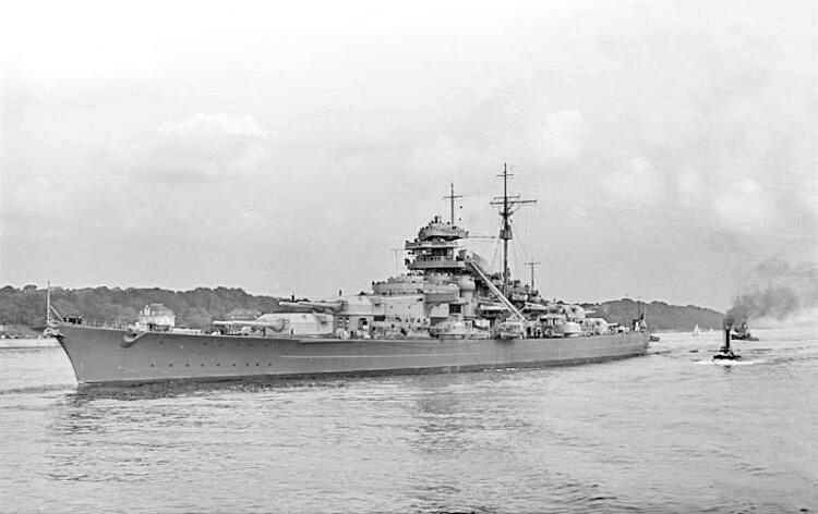 Statek Bismarck w 1940 r.