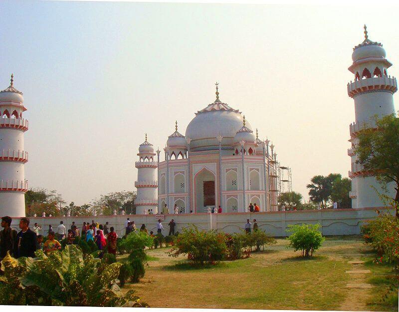 replika Tadź Mahal w Bangladeszu