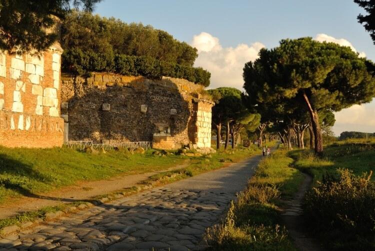 Via Appia - najstarsza droga rzymska