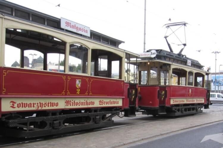 Skład wrocławskich wagonów historycznych Jaś i Małgosia z 1901