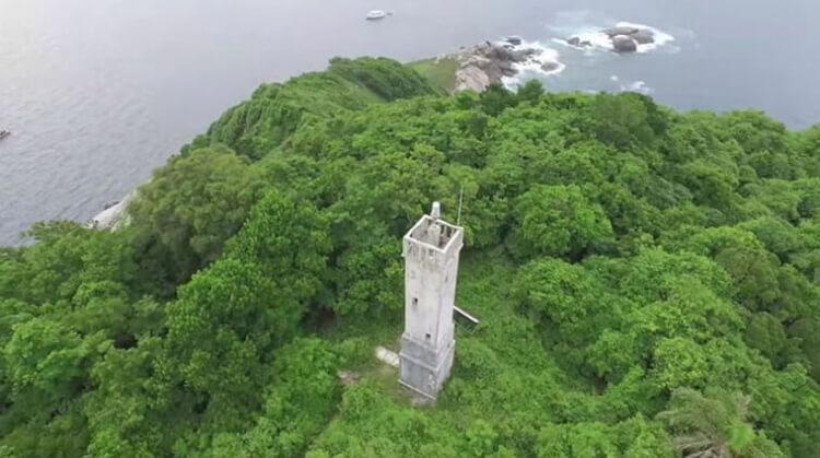 latarnia morska na Wyspie Węży