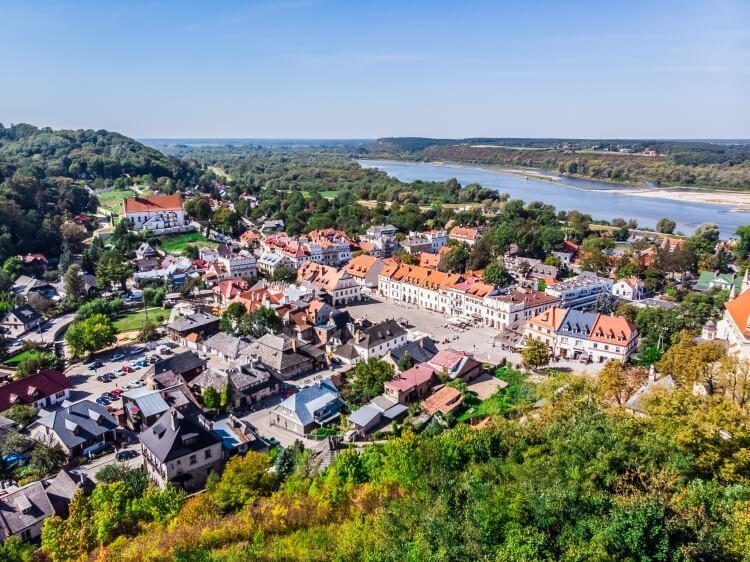 Kazimierz Dolny widziany z Góry Trzech Krzyży