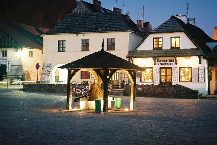 Studnia na rynku w Kazimierzu