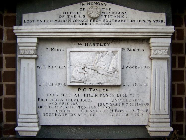 pomnik poświęcony członkom orkiestry Titanica