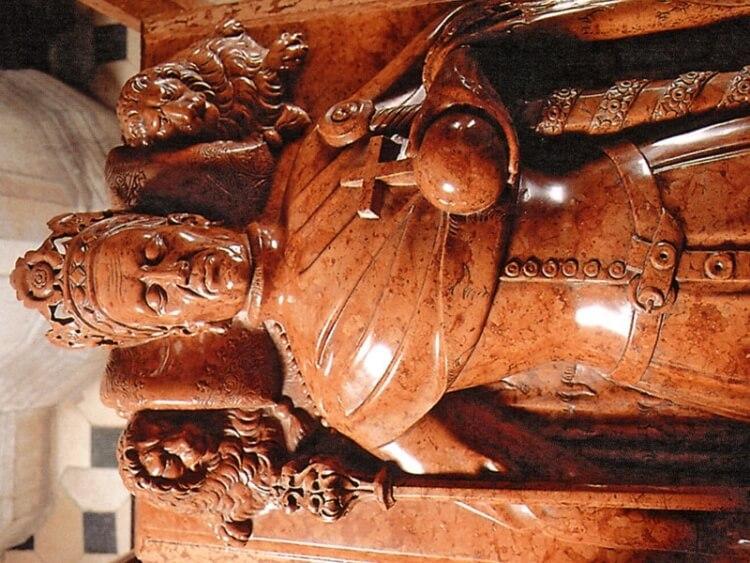 nagrobek Władysława II Jagiełły na Wawelu