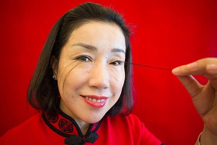 You Jianxia - posiadaczka najdłuższych rzęs na świecie, wpisana do księgi rekordów Guinnessa