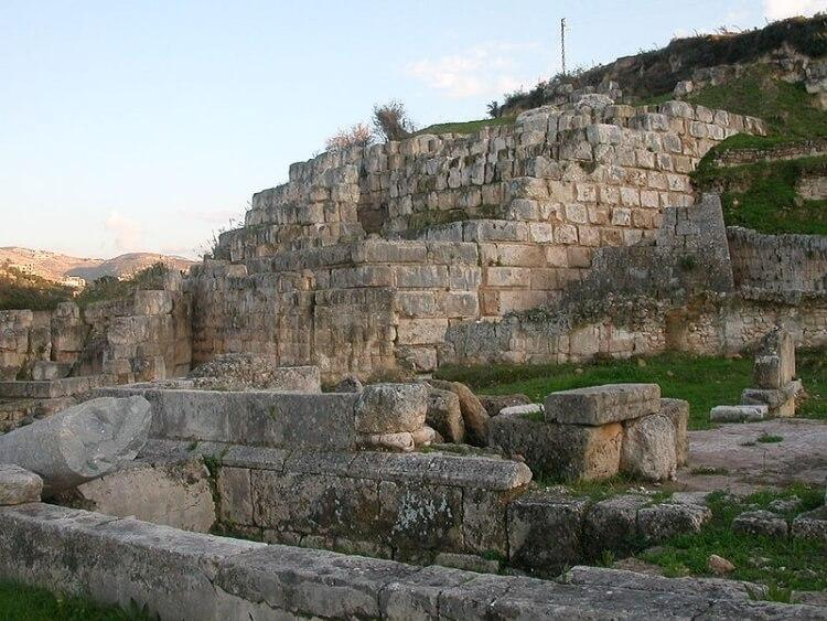 świątynia Eszmuna