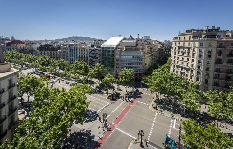 Passieg de Gracia w Barcelonie