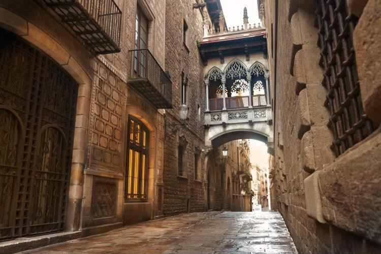 Barri Gòtic (Dzielnica Gotycka) w Barcelonie