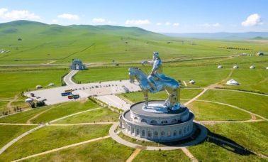 Pomnik Dżyngis Hana
