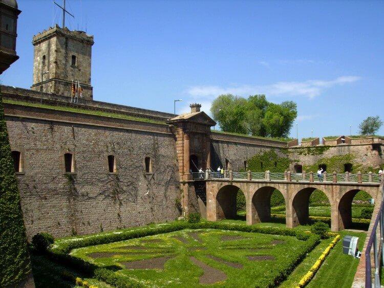 Zamek Montjuïc w Barcelonie