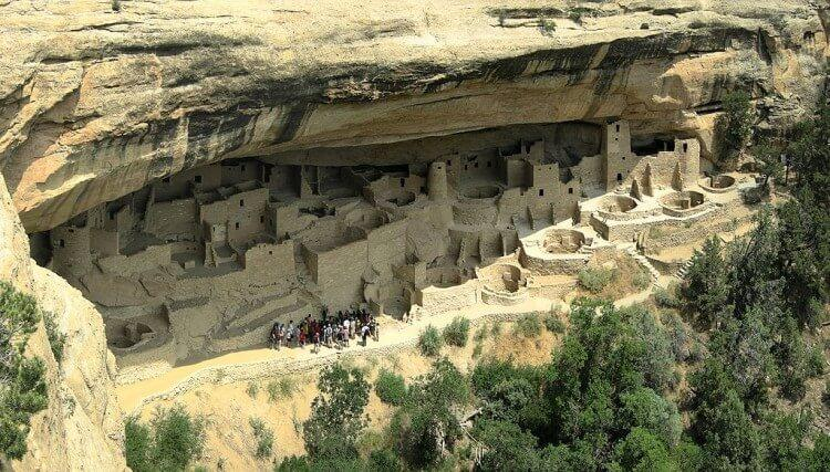 Ruiny Pałacu Klifowego - Kultura Anasazi