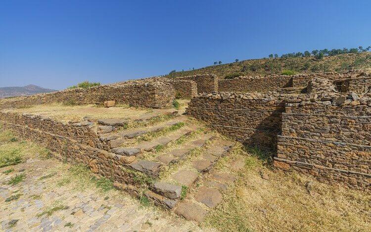 Ruiny pałacu Dungur w Aksum
