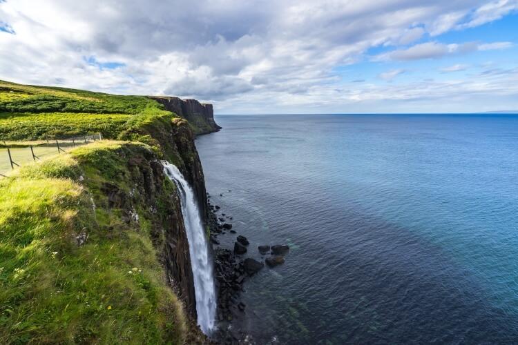 Wodospad na wyspie Skye