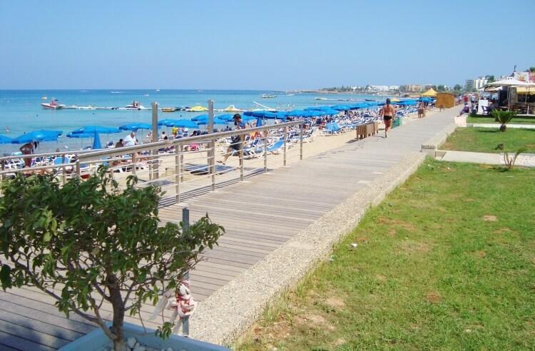 Plaża Protaras na Cyprze