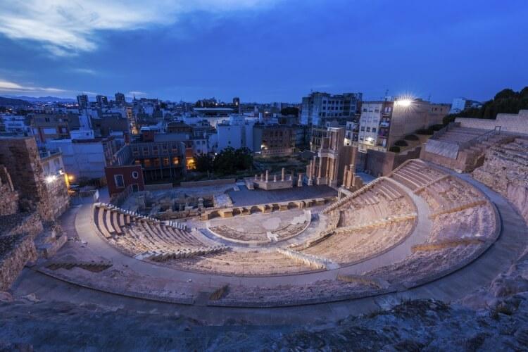 Ruiny Teatru Rzymskiego w Kartagenie